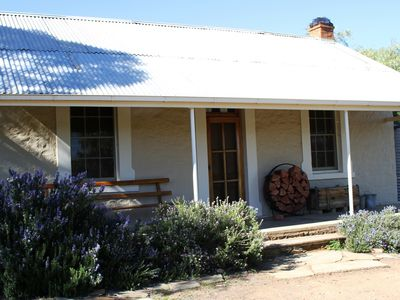 Blinman Cottage in the Flinders Ranges sleeps up to 6 guests