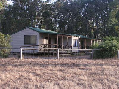 Bush Cottage, nestled into the national park