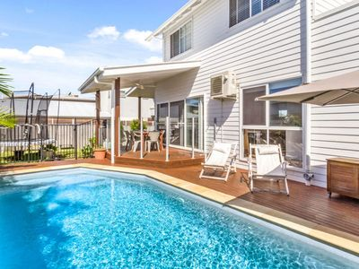 BEACH HOUSE DIANELLA 12