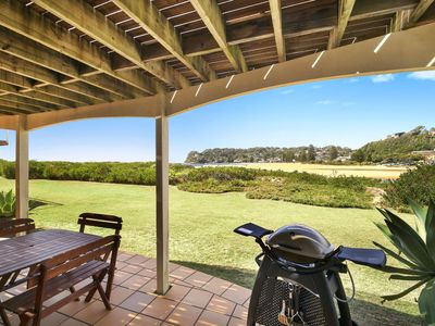 Beachfront Delight - 14b Bareena Ave downstairs