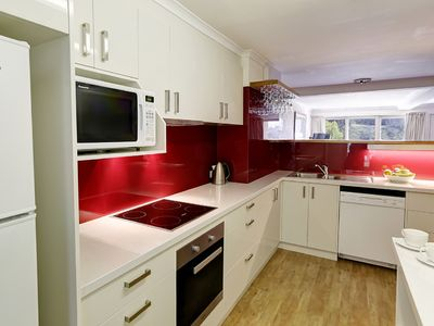 Deluxe new kitchen for cooking up a storm