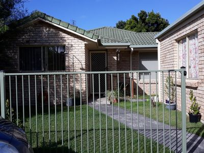 Elizabeth Grove Holiday - pet friendly budget family accommodation