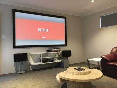 Unique Cinema Room for great Evening Entertainment FREE movies/TV shows