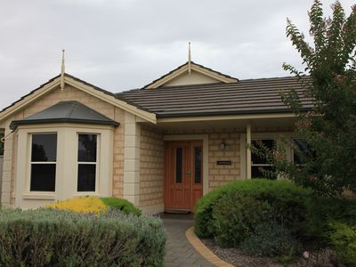 top quality executive style home in Tanunda - Lochnagar Barossa