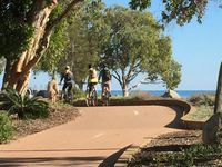 12km bike and walk paths with breathtaking views from Pt Vernon to Urangan Pier