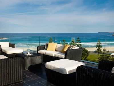BONDI BREAKER - Contemporary Hotels