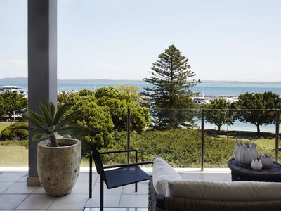 NELSON BAY VIEW - Contemporary Hotels