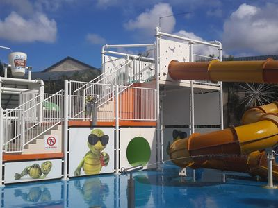 Splash zone with water slides, dumping bucket , water cannons & more....