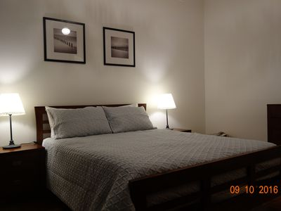Bedroom 1 - Queen Bed
