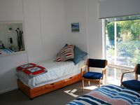 Main Bedroom with queen size bed and single bed - perfect for families