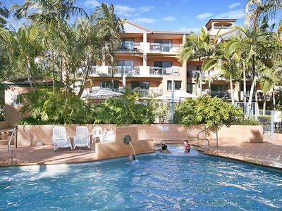 Bella Mare Unit 27 - Modern resort style apartment in Coolangatta