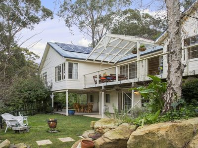 Wisper Lodge - close to cafes, bushwalks at doorstep