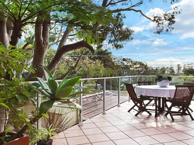 Large elevated deck, great for bbqs