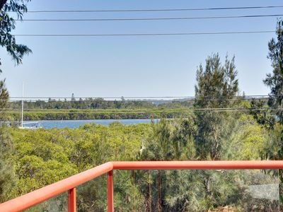 Pet Friendly - Four Bedroom Holiday Home - River Views