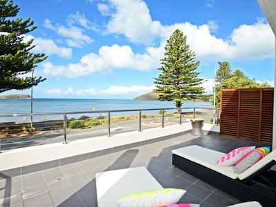 1/94 Franklin Parade - Luxurious Beach front stay