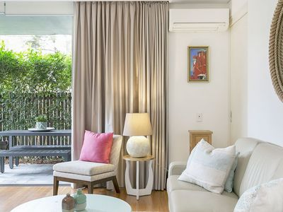 Pet friendly bondi beach accommodation from australia 39 s 1 for Pet friendly hotels sydney