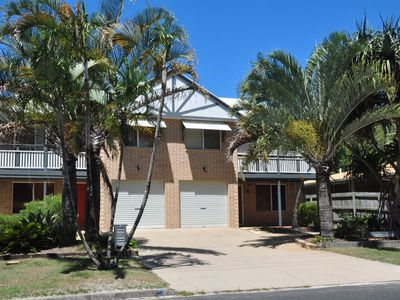 PANDANUS GROVE 2, Rainbow Beach