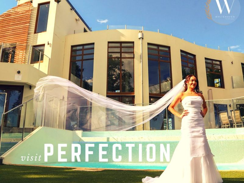 Stayz gold coast wedding dresses