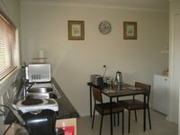 Kitchen with full size fridge/freezer,convection/microwave oven
