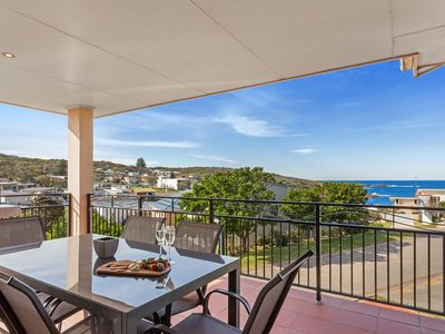 Enjoy the sun drenched ocean views at The Mainsail, Boat Harbour
