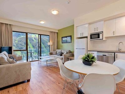 Balcony Apartment With Sweeping Views In The Heart Of Thredbo