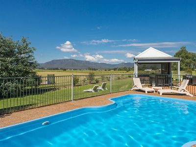 Hunter-Valley-Accommodation-Maranda-Country-Estate-Pool.jpg