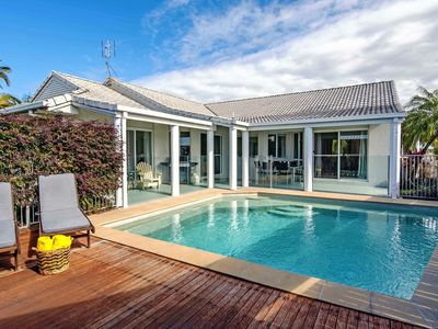 wheelchair accessible noosa accommodation from australia s 1 stayz rh stayz com au