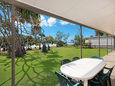 The Dreamery 1 - Absolute Beachfront