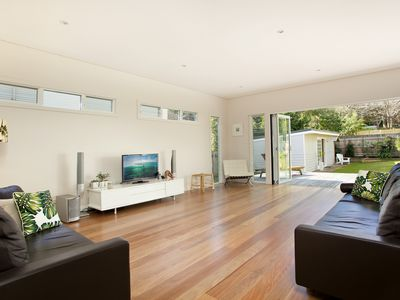 Superb open living area flowing to the outside