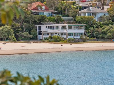 The Oriana, Beachfront Penhouse, Balmoral Beach