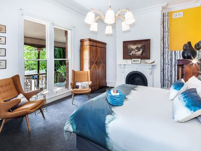 Grand luxurious master bedroom with king sized bed