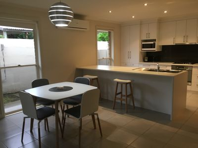 Mount Gambier City Fringe Apartment, Open Plan Kitchen/Dining
