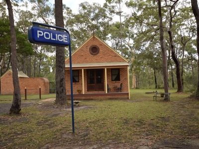 Police Station - Jervis Bay Retreat