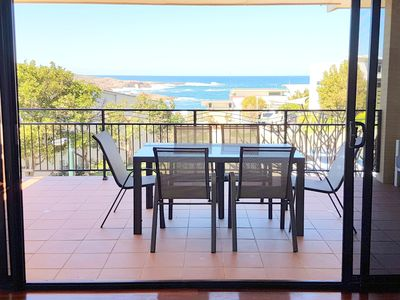 The Mainsail - Enjoy stunning ocean views in Boat Harbour, Port Stephens NSW