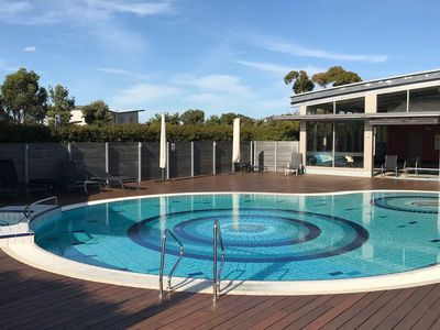 wheelchair accessible inverloch accommodation from australia s 1 rh stayz com au