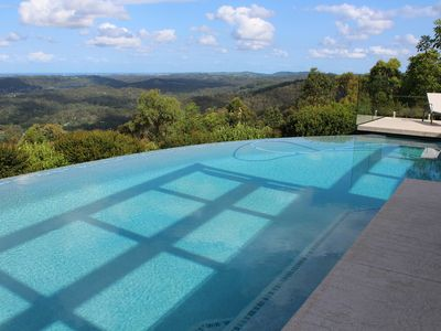 270 degree views across the Gold Coast Hinterland and coastline