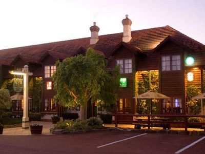 Margaret River Resort/Knights In Tavern
