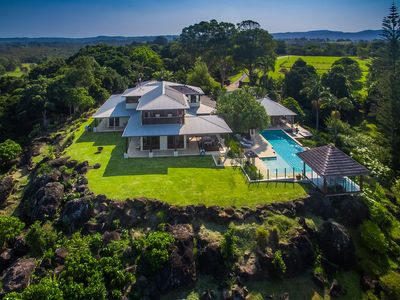 Cape Retreat - stunning coastal property