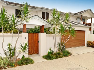 5/8 Browning Street- Seaside in Town