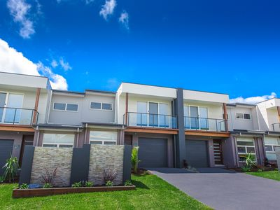 Escape at Nobbys - Executive Townhouses