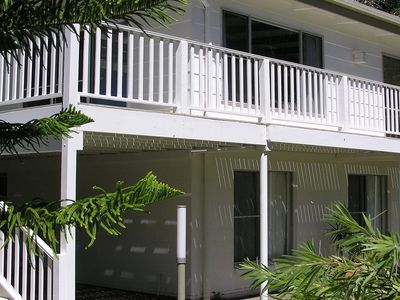 Wonky Pines Beach House, NARRWALLEE- 4 bedroom