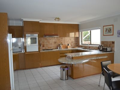 Large family size kitchen