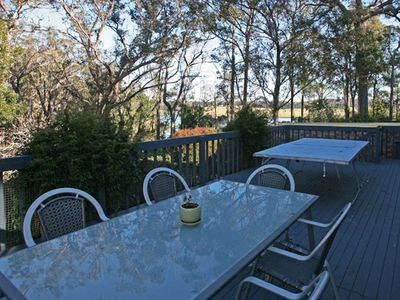 Lake Therapy - Nestled in leafy surrounds by the lake & only 7 min to Bermagui -