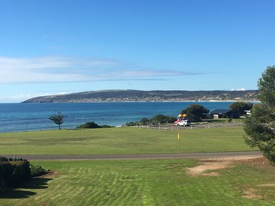 Spectacular views overlooking Emu Bay