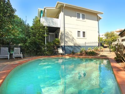 Unit 2, On The Park, 22 Frank Street Coolum Beach, 400 BOND
