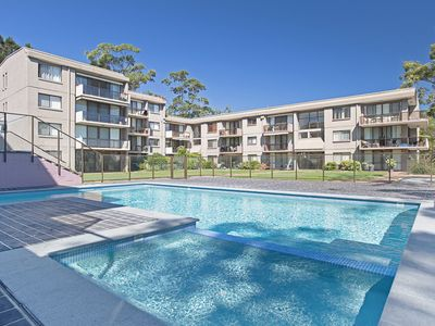 15 'The Poplars' 34 Magnus Street - great complex with pool & close to town