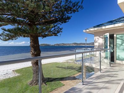 'Filoli', 91 Foreshore Drive - huge waterfront home