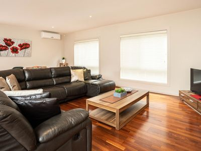 Welcome to Villa Monarma - Melbourne Spacious, Modern and Comfortable