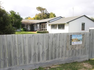 BRIGHTSIDE WEST- 2 Squires Drive, Robe SA