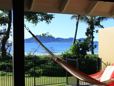 Zama - Relax and enjoy the View to Dunk Island
